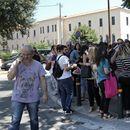 Земјотресот предизвика паника во Атина, на улица и во пењоар