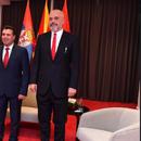 Вучиќ за договорот : Тука има само подобар живот за нашите граѓани, тука нема Југославија
