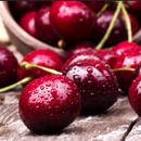 Ги фрламе, а тие се всушност ЛЕКОВИТИ: Еве како да ги искористите семките од цреша!
