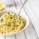 Рецептот за тестенини со лимон од Камерон Дијаз е навистина оригинален, едноставен и вкусен (РЕЦЕПТ)