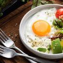 Каква супернамирница! 3 докази дека треба почесто да јадеме јајца