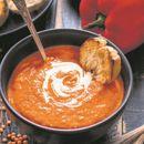 Пикантно! Фина крем супа од пиперка која ќе ги разбуди вашите сетила!