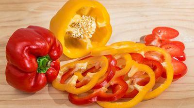 5 причини заради кои треба да јадеме пиперки: Овој зеленчук е извор на здравје