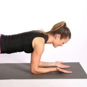 Планк предизвик: Вежбајте 23 дена, до Нова година ќе имате тело од соништата!