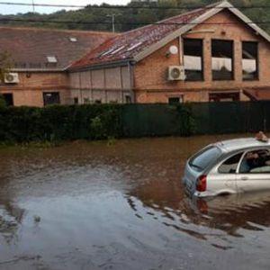Видео: Белград е под вода - ситуацијата е алармантна