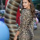 ФОТО: Ирина се фотографираше топлес - први фотографии по раскинувањето со актерот