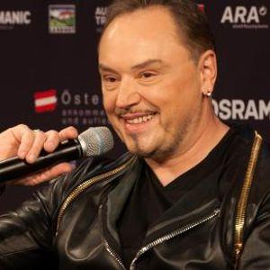 Српскиот пејач има две презгодни ќерки - едната на сите ни е позната, а сега и помалата стана славна