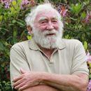Почина познатиот телевизиски водител Дејвид Белами