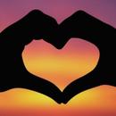 Ѕвездите им се наклонети: Овие хороскопски знаци секогаш се среќни во љубовта