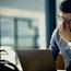 Три болести што може да ги добиете ако седите премногу долго пред компјутер