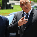 Телефонски разговор на премиерите Заев и Борисов