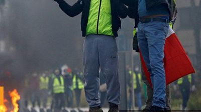 """ВО ЖИВО: """"Жолтите елеци"""" повторно на протест"""