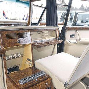 Луксузните лимузини на Тито секојдневно се гланцаат