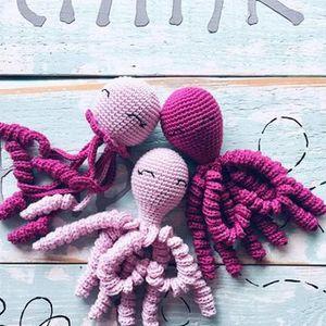 Volonterke iz Crne Gore dio su svjetskog pokreta: Heklaju hobotnice za prijevremeno rođenu djecu