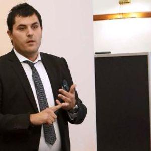 Лазаров: Потребна е дополнителна поддршка во вториот квартал за вработените во најпогодените сектори