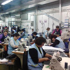 Странците ги селат фабриките за да заштедат на плати!