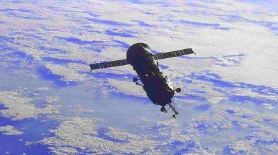 """Рускиот модул на МВС изгоре во атмосферата, ќе го замени """"Наука"""""""