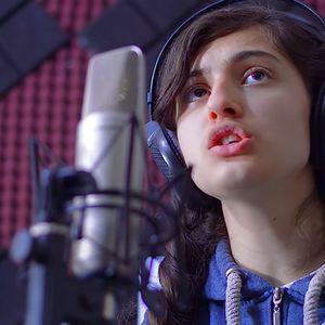 Јована од Битола пее како како Витни Хјустон
