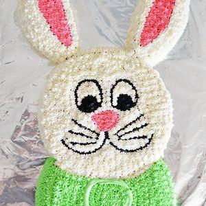 Велигденска торта во форма на зајак