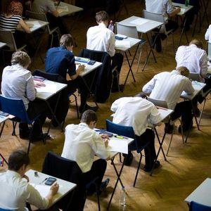 Прашањата од тестот за матурантите се нашле на интернет, биле сменети во последен миг