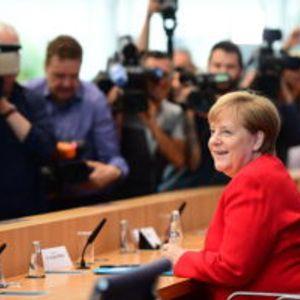 Меркел проговори за тресењето, канцеларката ќе издржи до крај на мандатот