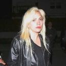 Лејди Гага се всели во станот на Бредли Купер