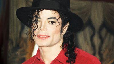 Фанови на Мајкл Џексон ги тужат мажите што го обвинија пејачот за злоставување