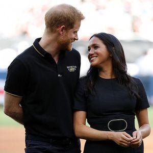 Британците бесни на Хари и Меган – двајцата трошат на непотребен луксуз