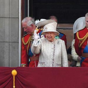 Британскиот принц снимен во вилата на Епстајн со млада девојка