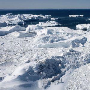 Гренланд исчезнува, за еден месец стопени 12,5 милиони тони лед