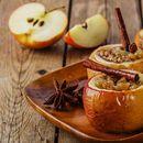 Печени јаболка со мед и ореви