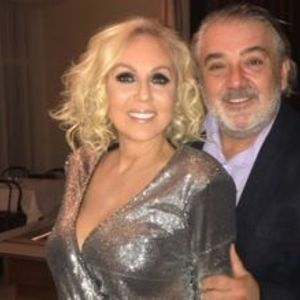 Лепа Брена и Боба Живојиновиќ слават 28 години брак