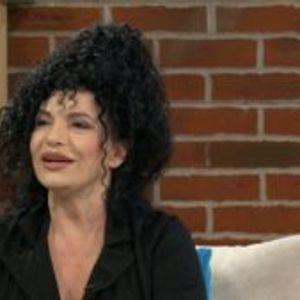 Раскошна елка во домот на Лидија Вукиќевиќ, глумицата спремна за празниците