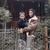 Ким Кардашијан во новите патики на Кање Вест