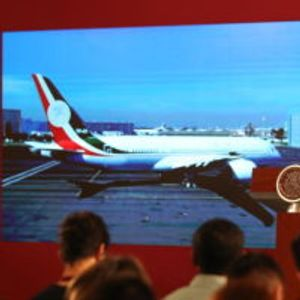 Претседател ги одбил резиденцијата и службениот авион, затоа што се прескапи