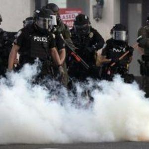 Новинар погоден со гумен куршум во глава на протестите во САД