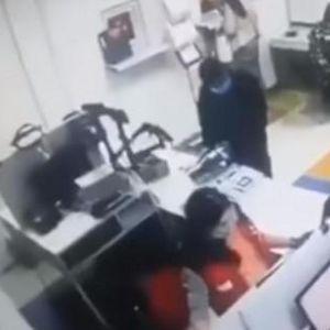 Влегла во пошта без маска, па ги ставила гаќите преку глава за да не ја избркаат