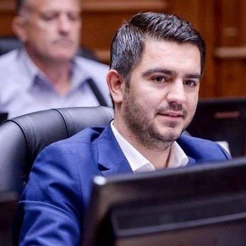 Македонски министер не оди на странски Форум зошто не е покането и Косово