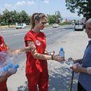 Тимови на Црвениот крст од патролираат низ централното градско подрачје