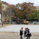 """Багерите веќе се во дворот: Утре протест против градење во училишниот двор на """"Блаже Конески"""""""