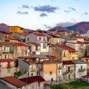Сите кои ќе сакаат да се преселат во италијанските села ќе добијат по 28.000 евра