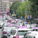 Taksisti krenuli u još jednu BLOKADU BEOGRADA, građanima preostaje samo da PEŠAČE