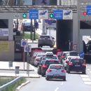 Македонија се уште останува со затворени граници, Србија од денеска отворена за влез и излез
