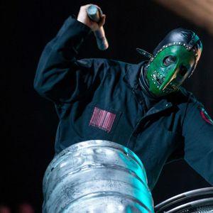 Slipknot се разделят с перкусиониста Chris Fehn след съдебен иск от негова страна