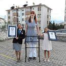 Rumejsa Gelgi iz Turske ušla u Ginisovu knjigu rekorda kao najviša žena na svetu