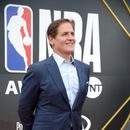 Report: Mavs owner Cuban fined for leaking info