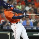 MLB roundup: Springer hits 3 HRs, Astros clinch West