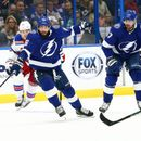 NHL roundup: Lightning pummel Rangers with 9 goals