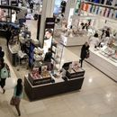 U.S. consumer prices rise slightly; underlying inflation muted