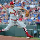 MLB roundup: Cards lose no-hit bid in eighth